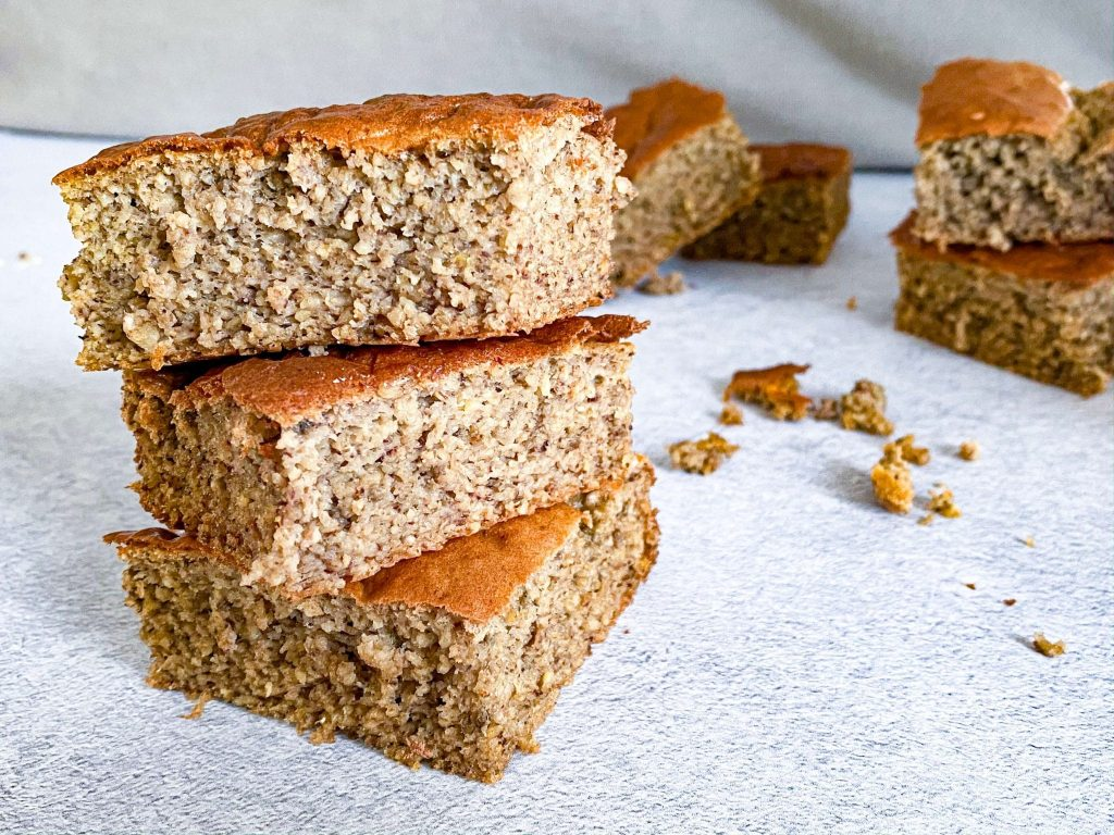 on-the-go snacks tasty oat cake
